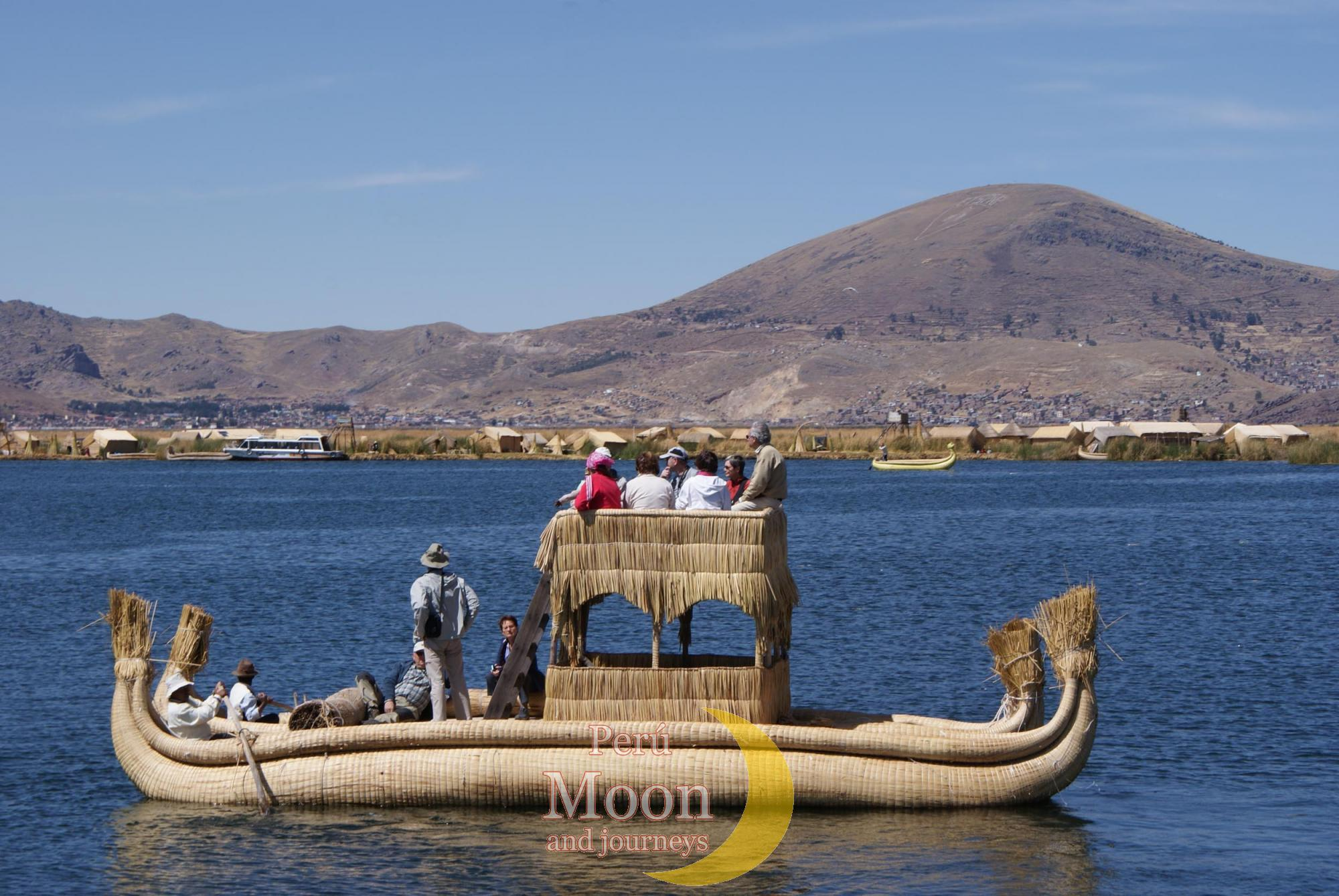 Traditional boat of Uros